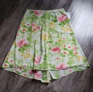 Emma James NWT Floral Print Plus Size Skirt